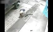 Instant karma for a guy slashing tire