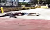 Nasty arm break in streetfight
