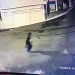 Man shot with gun by a robber 3