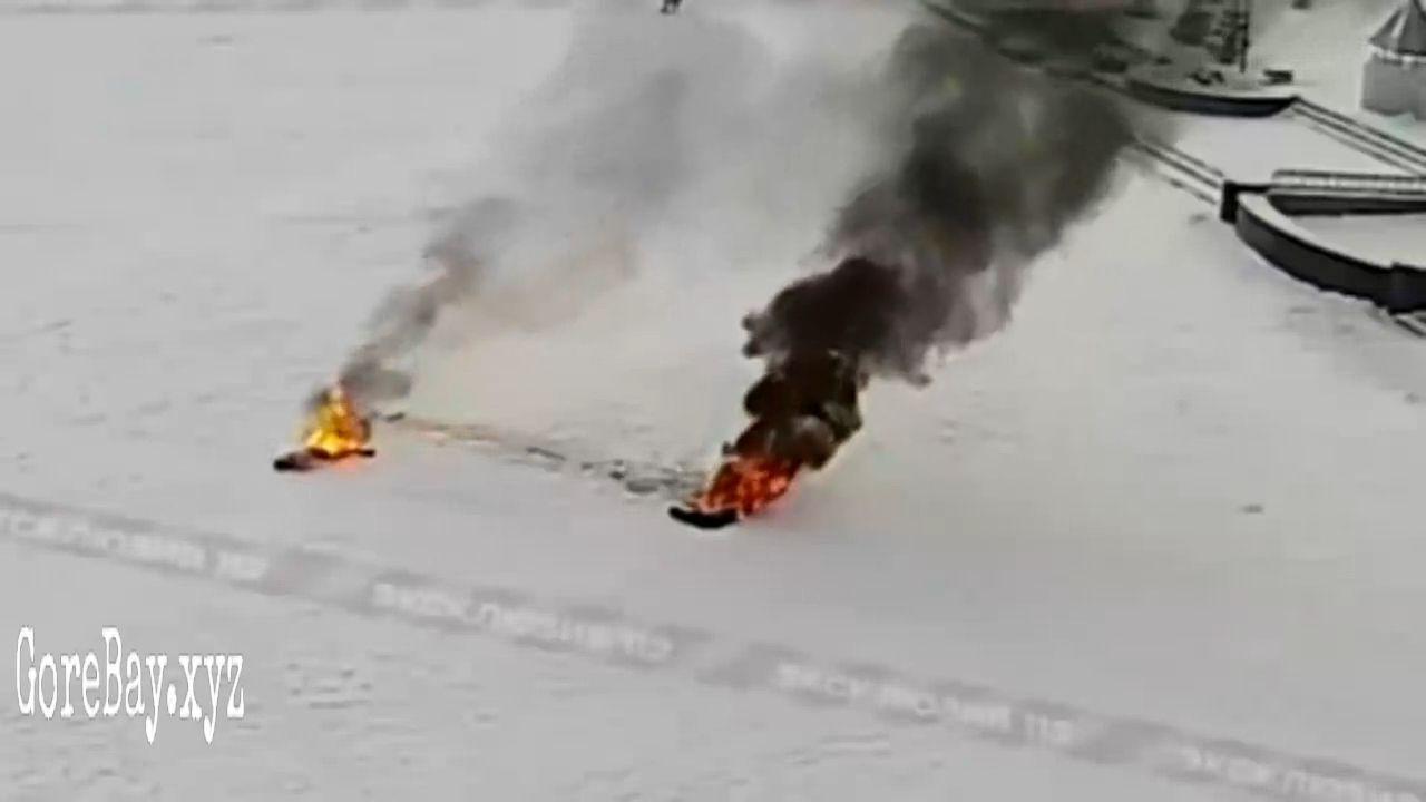A Russian sets himself on fire 5