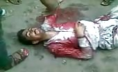Thief beaten and killed in pakistan by local mob 4