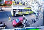 Nasty bus accident crashing several motorcyclists 3