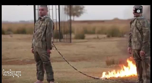 Turkish soldier burnt alive by ISIS 15
