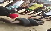 Angry mob lynch robber in nigeria 8