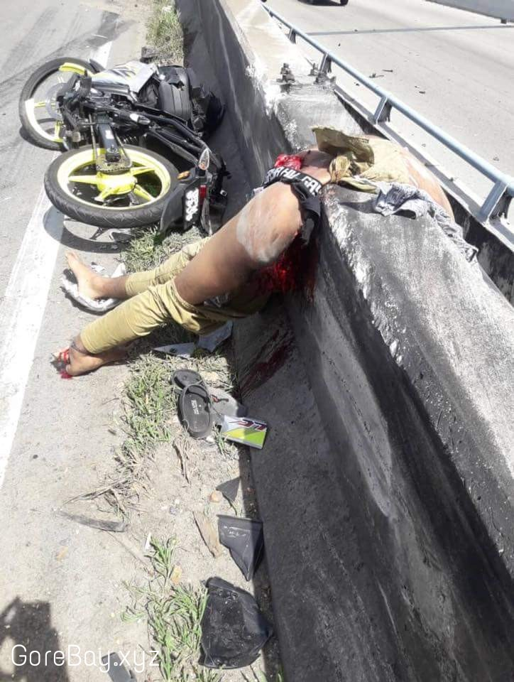 Motorcyclist splitted almost in half 7