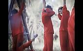 Isis shoots 6 prisoners