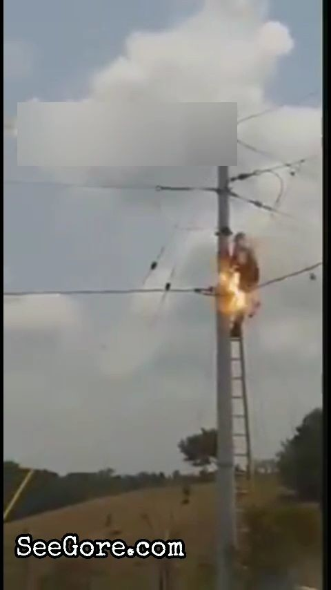 Colombian electrician electrocuted by electric tower 6