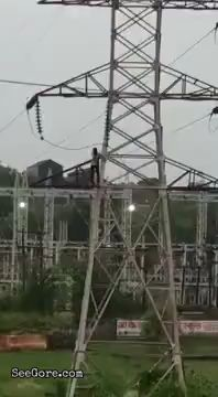 Suicider fried by high voltage electrocution in India 13