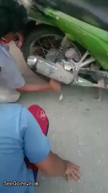 Baby stuck in a wheel of a bike 1