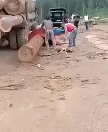 Big log left a nice curve on a worker 8