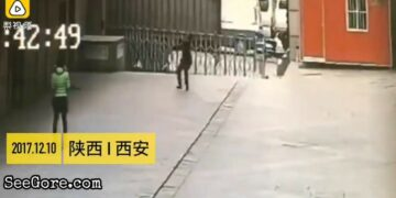 Man tries to catch a suicide jumper 14