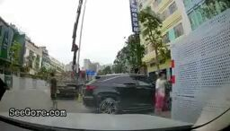 Lamppost knocks a guy out 16